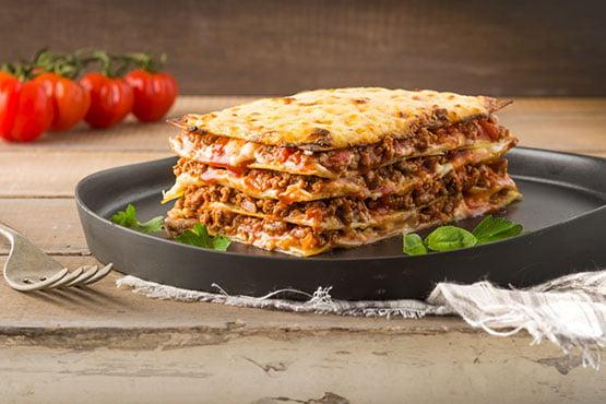 Easy lasagna recipes . Easy meat lasagna