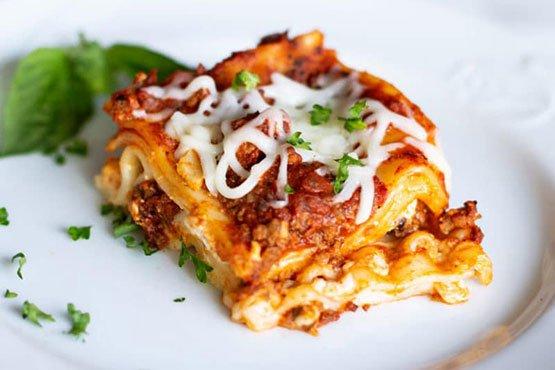 Easy lasagna recipes . Lasagna