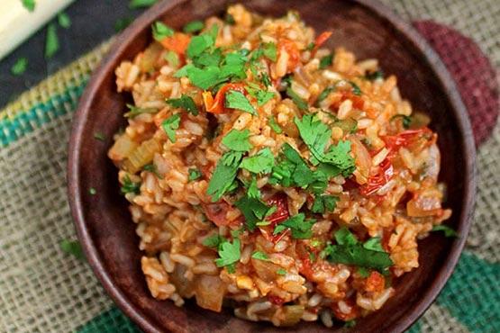 Vegan recipes for dinner . Spicy vegan Jambalaya