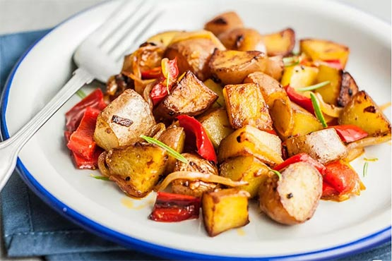 Fried potato recipes . Easy Skillet Fried Potatoes