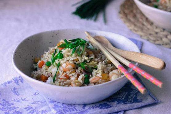 Recipes with fried rice . Simple fried rice