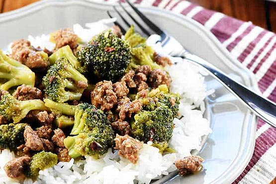 Recipes with ground beef . Ground Beef & Broccoli