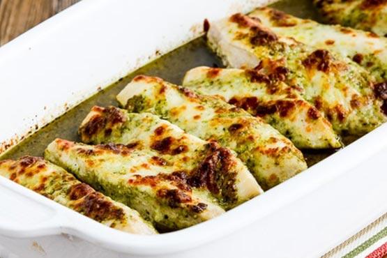 Recipes with pesto . Easy Baked Pesto Chicken