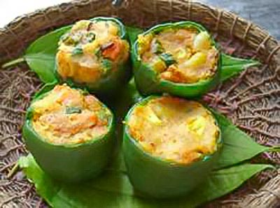 Bharwa Simla Mirch (Indian Green Bell Peppers Stuffed with Ground Chicken)