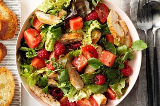 Recipes with melon . Tomato-Melon Chicken Salad