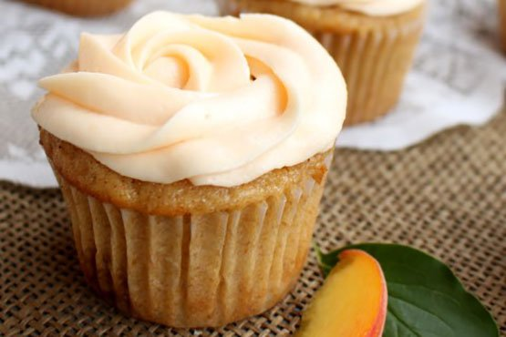 Recipes with peach . Brown Butter Peach Cupcakes