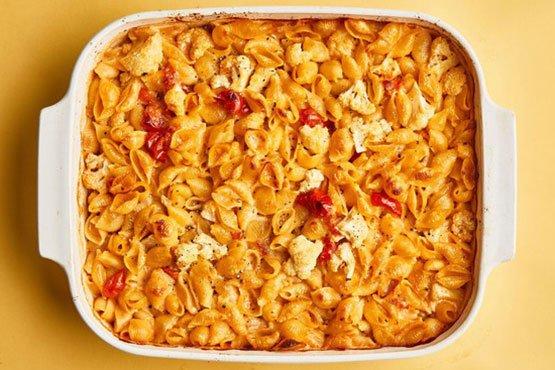 Baked pasta recipes . Cheesy Baked Pasta with Cauliflower