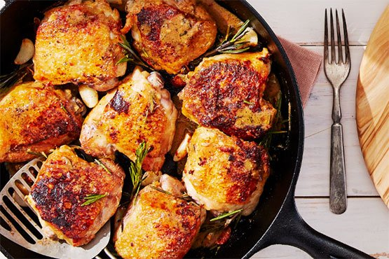 Easy chicken dinner ideas . Crispy Chicken Thighs With Garlic and Rosemary