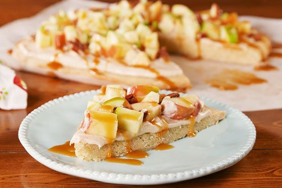 Fruit pizza recipes . Caramel Apple Pizza