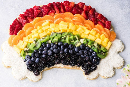 Fruit pizza recipes . Rainbow Fruit Pizza