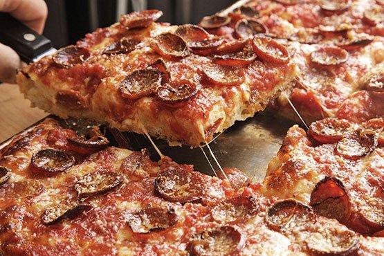 Sicilian pizza recipes . Sicilian Pizza With Pepperoni and Spicy Tomato Sauce Recipe