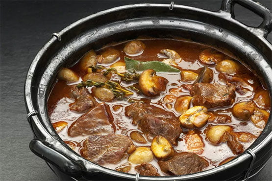 Savory Beef With Onions and Mushrooms