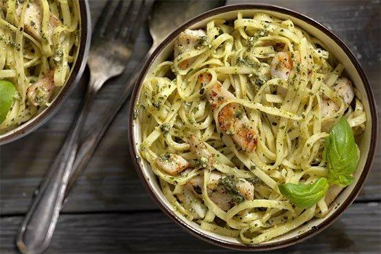 Chicken and Pasta With Lemon Pesto