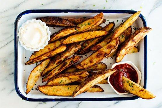 Ultra Crispy Baked Potato Wedges