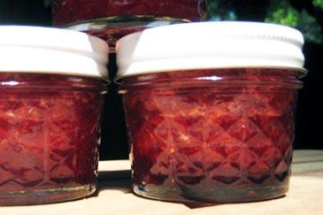 Pepinos And Strawberry Jam