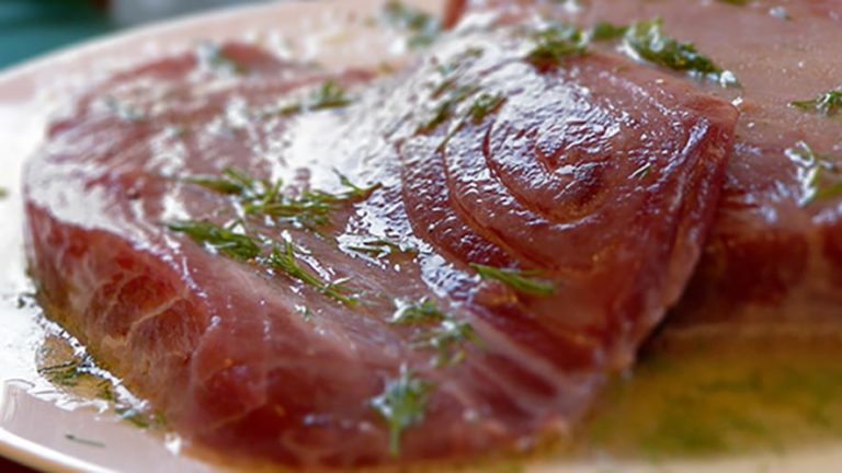 Tuna Steak With Lime Butter