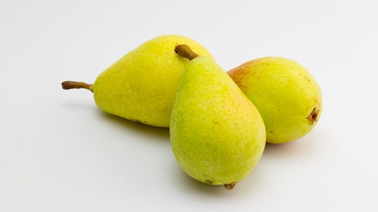 Pear Nutritional Value and 11 Health Benefits