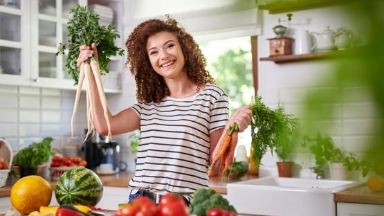 What's the Difference Between Vegans and Vegetarians?