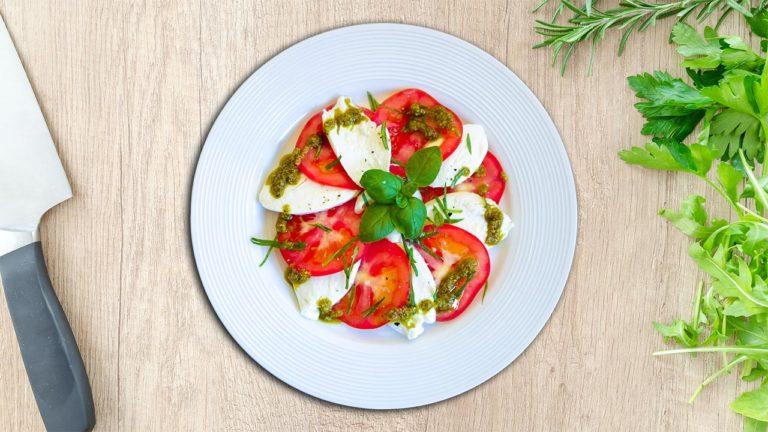 Tomato Caprese Recipe – Delicious and Beautiful