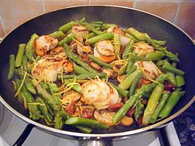 Pasta, Scallops and Chorizo Sauce Recipe
